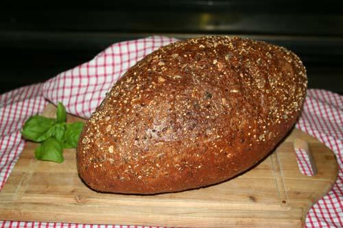 German-Donker-Bread.jpg