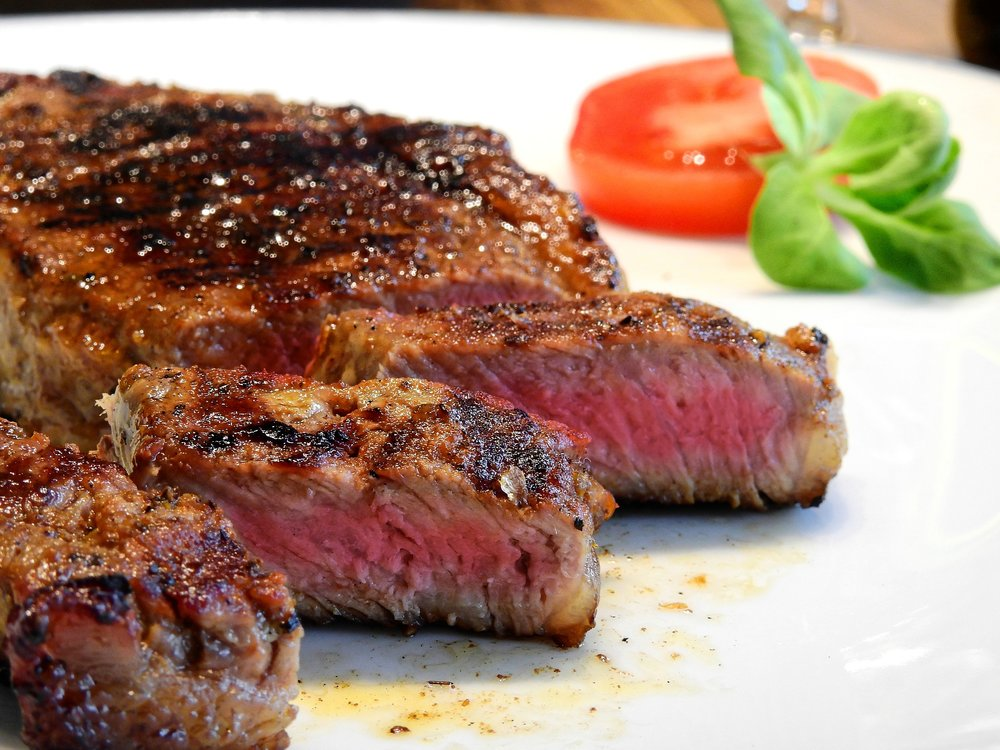 A typical steak is from the muscle of a cow. While nutrient rich in its own right, it's also high in methionine, which may present problems in the context of a low glycine diet.