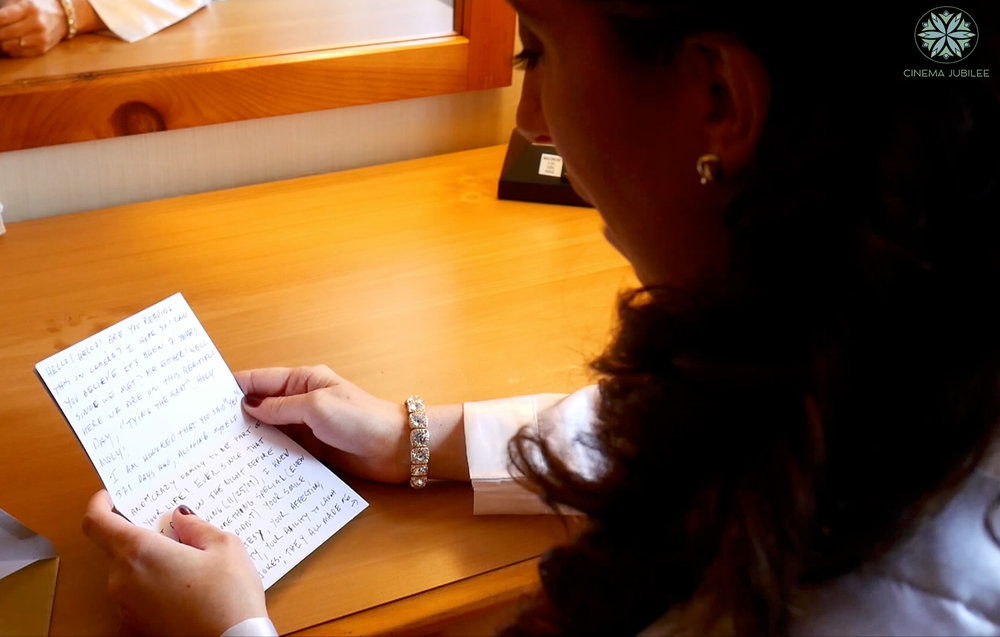 bride reading her letter