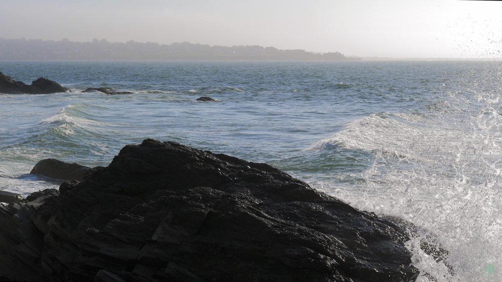 cliff walk new port