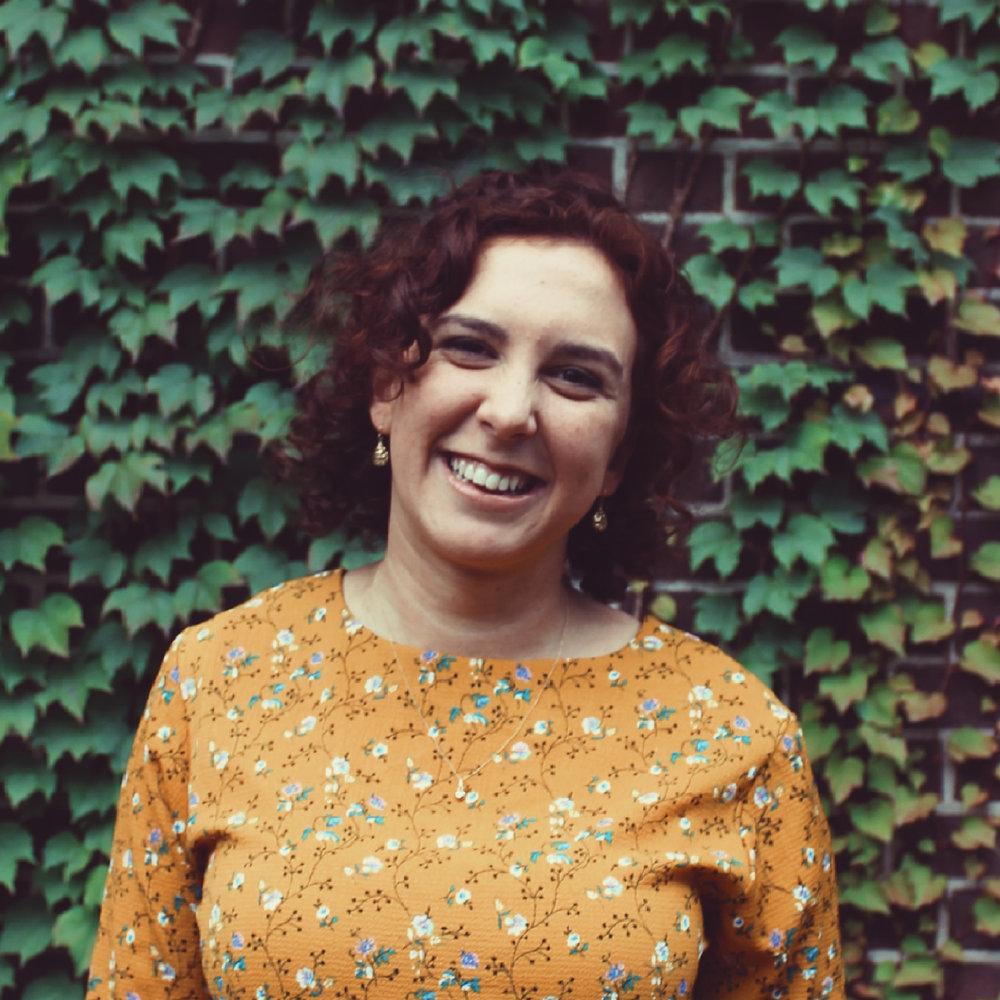 Adina Samuels  Editor-in-Chief 📷 @adinasamuels  +  @your.insta.grammar