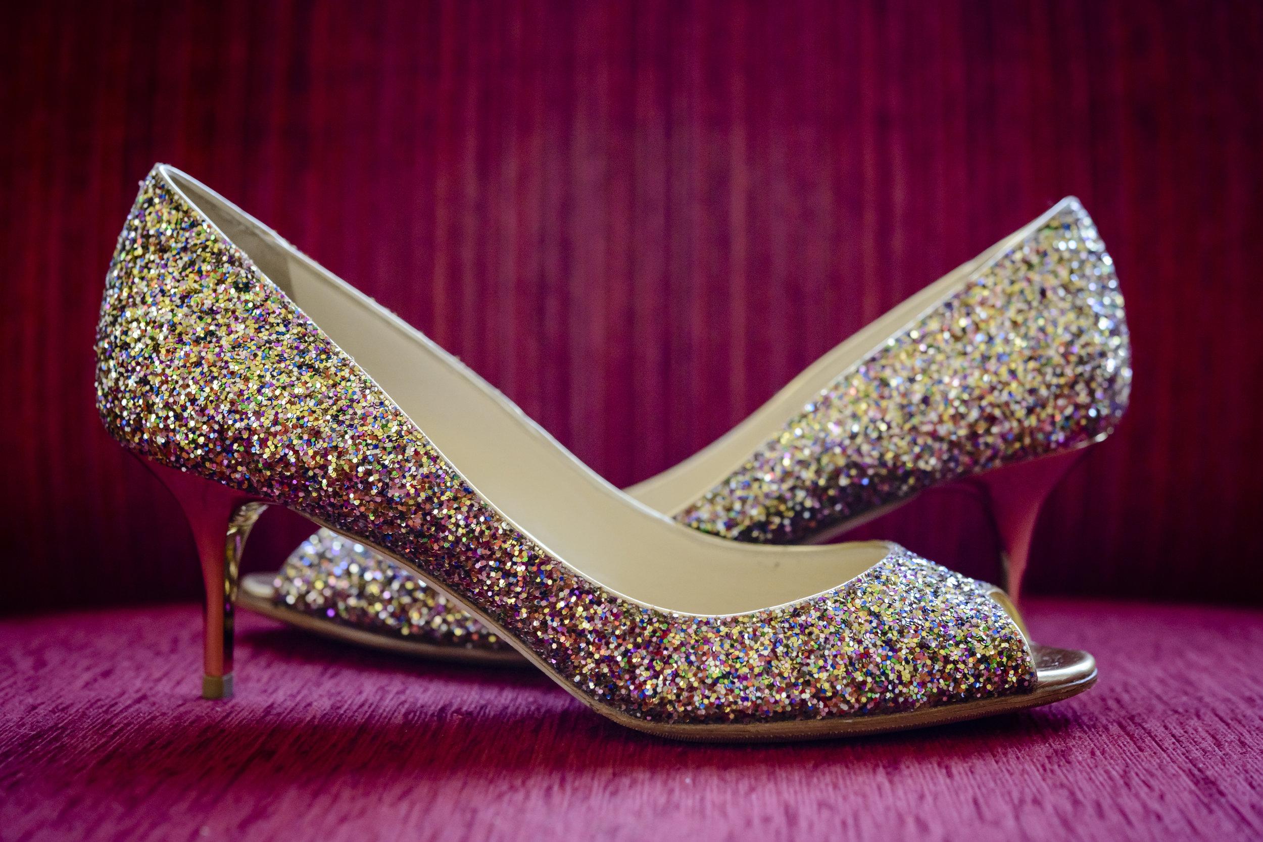 Chakravorti, Shoe