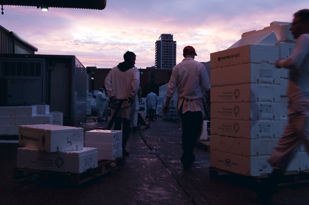 billings-gate-market-surise-workers.jpg