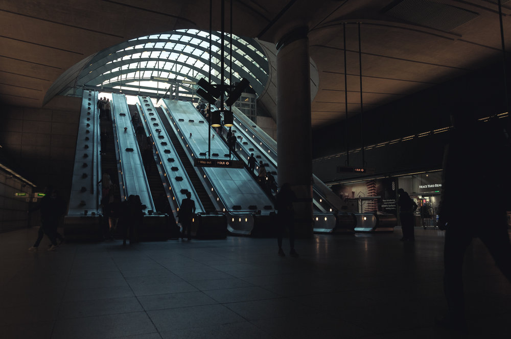 canary-warf-tube-station.jpg