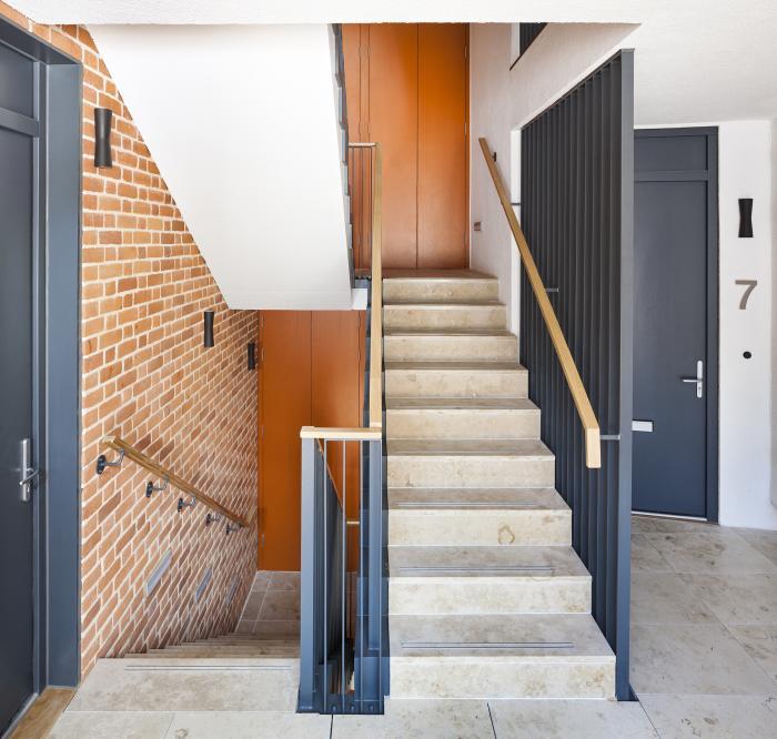 Communal stair.jpg