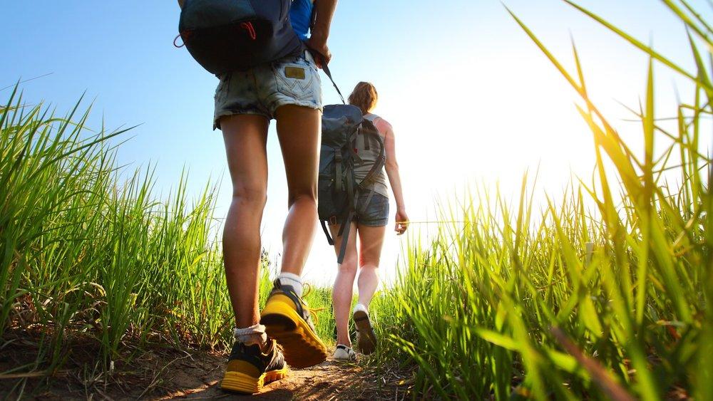 Sportliches-Wandern.jpg