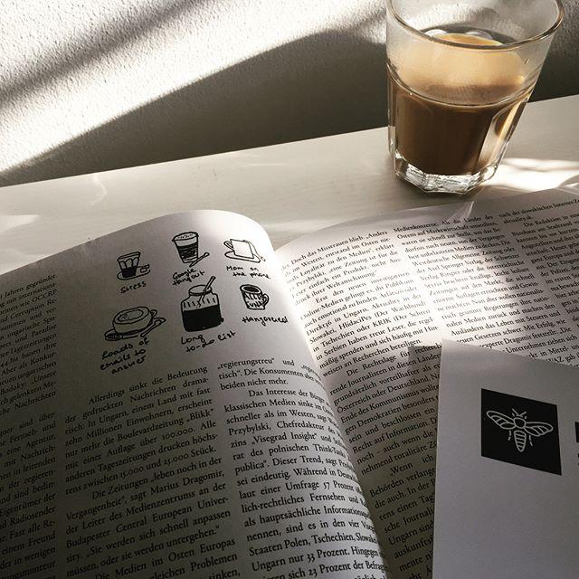 "From print 📦 to mail box 📬to breakfast table☕️ - ""morning mood"" & ""destination pizza"" illustrations published in ERSTE Foundation Magazin, danke team @pia_moana_scharler #jojosweeklyny #illustration"