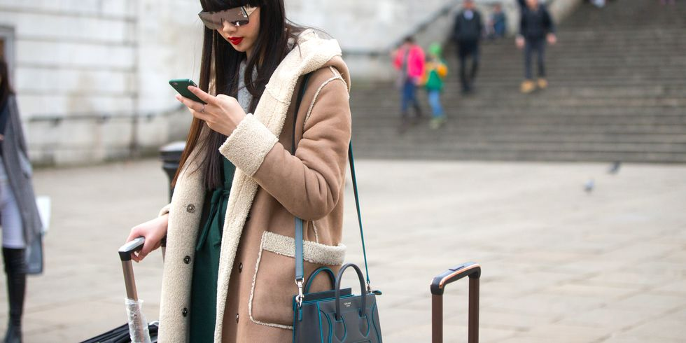 16 Apps Every Woman Should Download Before Her Next Trip