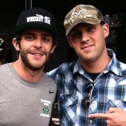 Thomas Rhett & Fan