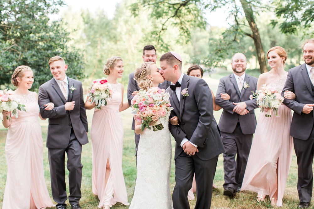 Paeonian_Springs_Wedding_Photographer-179.jpg