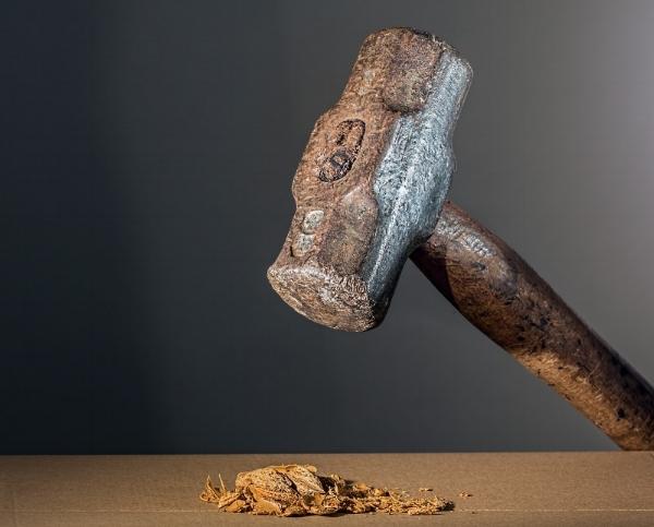 hammer-682767_1280.jpg