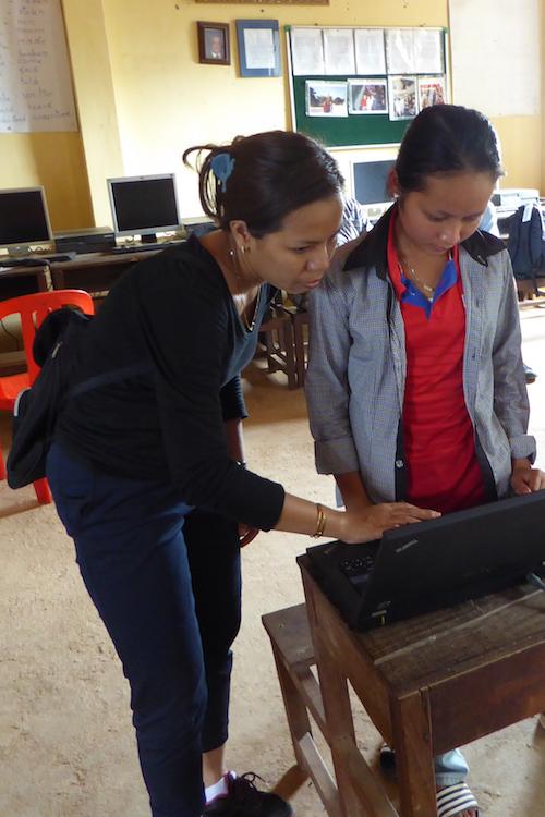 sokna and racjna with laptop.jpg