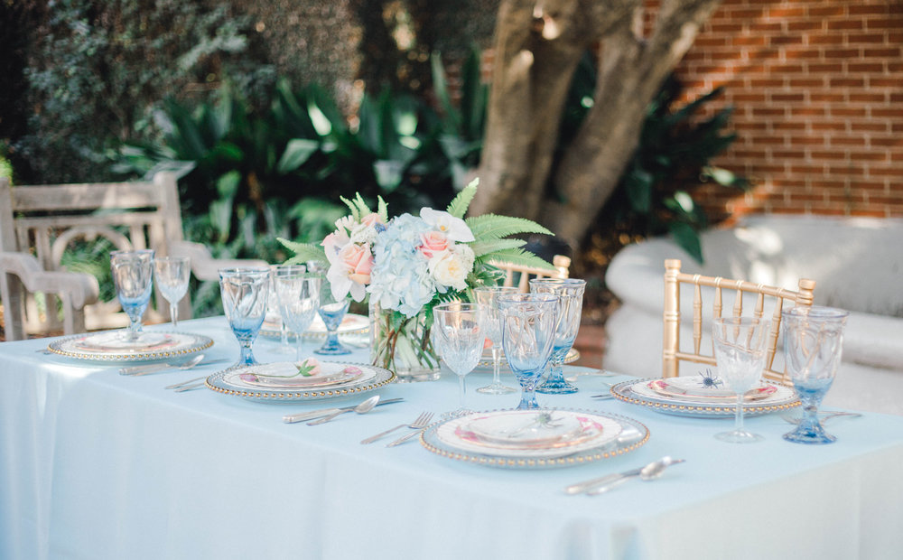 A blue and pink wedding tables cape at the Duke Mansion in North Carolina.