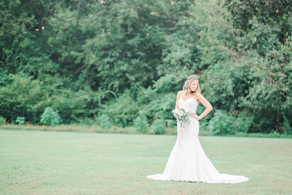 Historic-Oak-View-Raleigh-NC-Bridal-Portraits-10