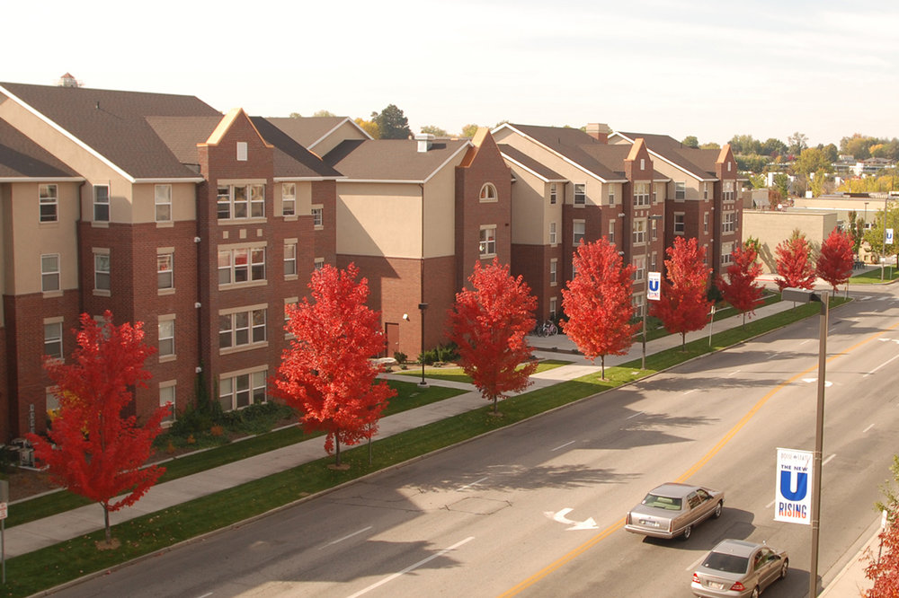 1_HRL_University-Suites_Exterior2-slideshow.jpg