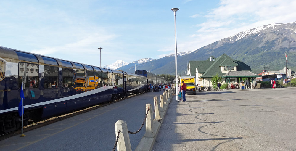 The_Rocky_Mountaineer_Train_and_Canadian_National_Railway_Station.jpg