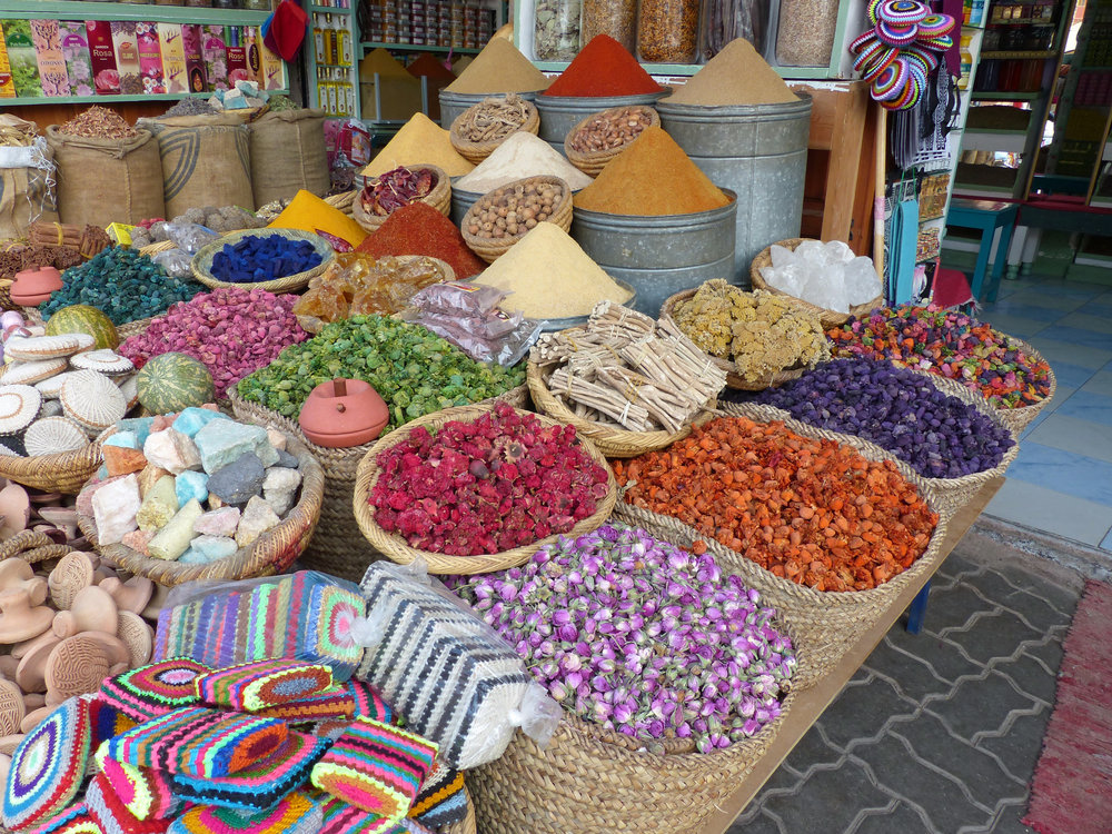 1646 Feb 28 (77) spices, potpourri, dye rocks.JPG