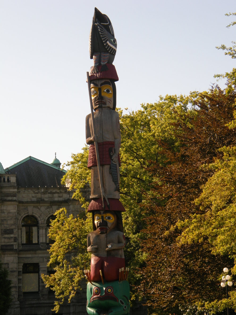 Native Totem Pole Victoria.JPG