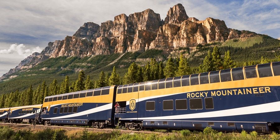 RockyMountaineerTrain.JPG