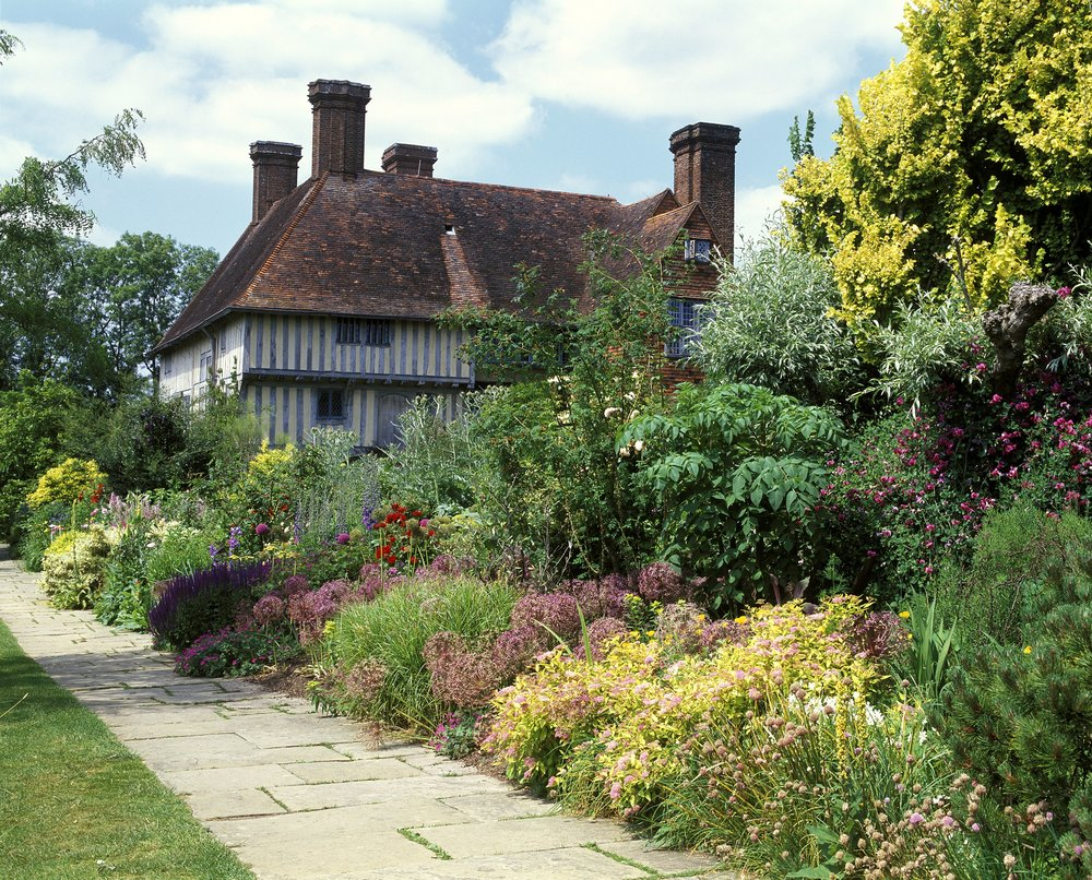 Great-Dixter-gardens.jpg