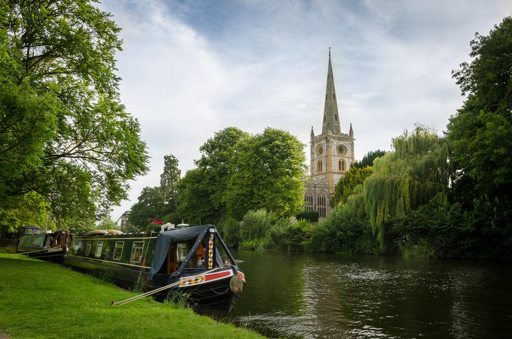 holy-trinity-church-Stratford-u-Avon-barge.jpg