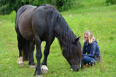 Sabine Matzhold - Hart bei Graz / SteiermarkTel.: +43 664 / 2059 736Web: www.in-harmonie-sein.at/tierkommunikation