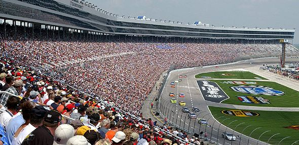 texas-motor-spdwy-crowd-2014.jpg