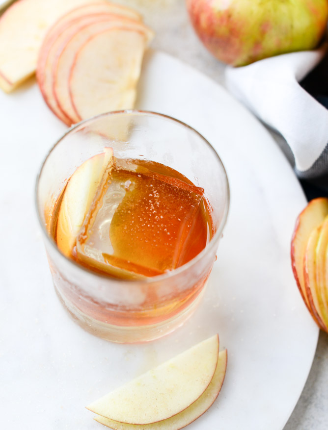 honeycrisp-old-fashioned-I-howsweeteats.com-2.jpg