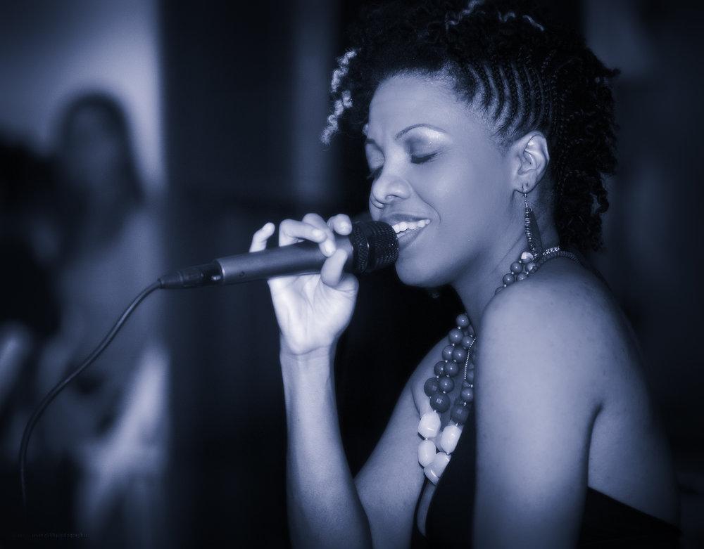 Faith Singing BW-3.jpg