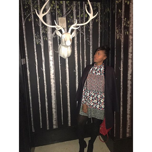 "@me ""I want to take a picture, without it looking so staged"" ... @dorienpaul ""ok, stand by the deer's head but don't look at the camera"" 🤦🏽‍♀️🤷🏽‍♀️💁🏽(Dorien is not allowed to be the stage manager and camera man)"
