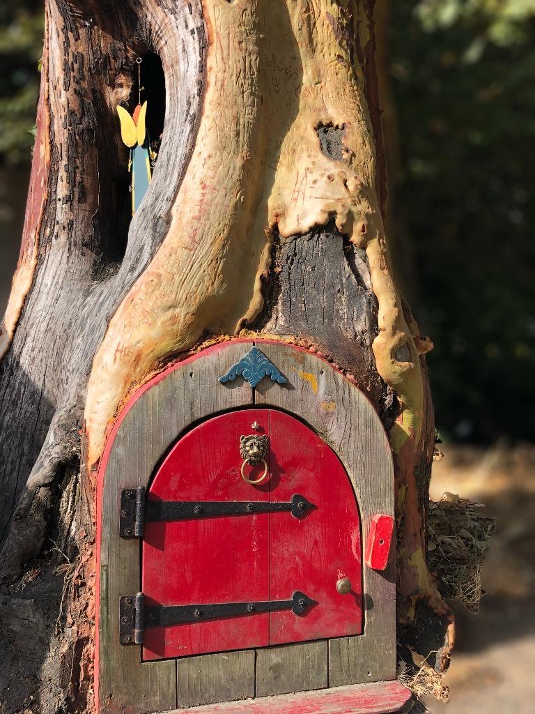 Fairy door near the Vesuvius ferry landing