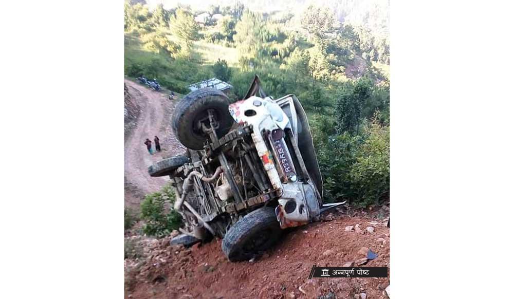 jeep-accident-salyan_20180910031211.jpg