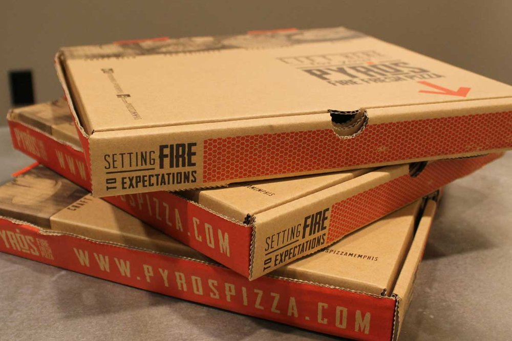 019_pyros-pizzabox-c.jpg