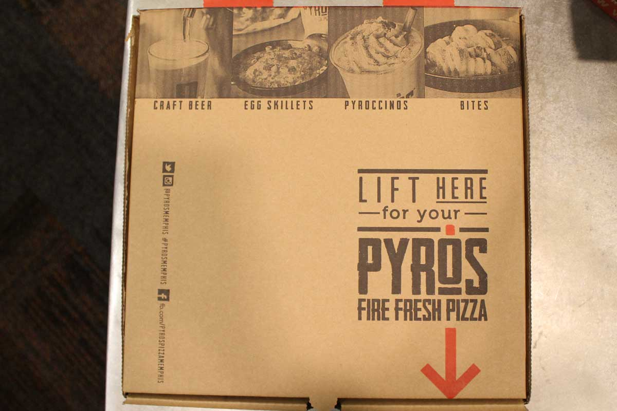020_pyros-pizzabox-d.jpg