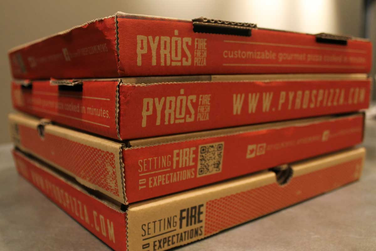 018_pyros-pizzabox-b.jpg