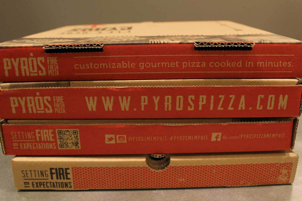 017_pyros-pizzabox-a.jpg