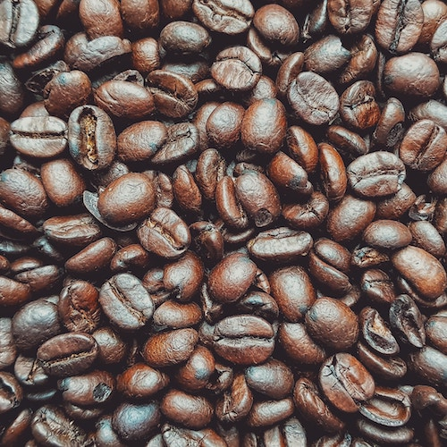 Coffee is rich in polyphenols which are a family of antioxidants which have been suggested to have a prebiotic-like effect -