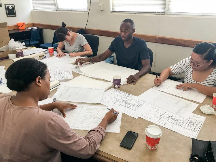 Volunteers_Designing.jpg