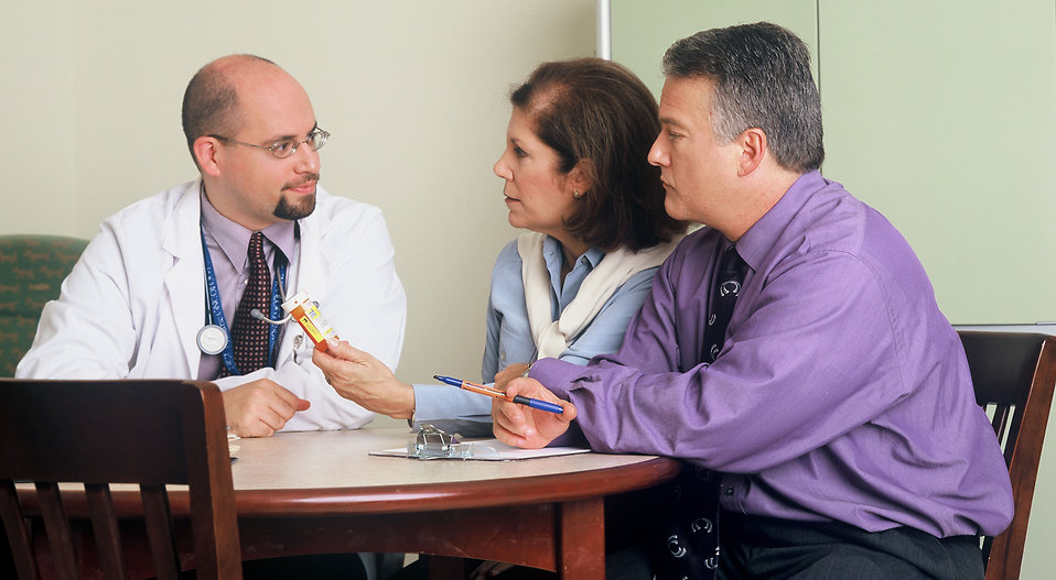 17328-a-doctor-and-couple-talking-pv.jpg