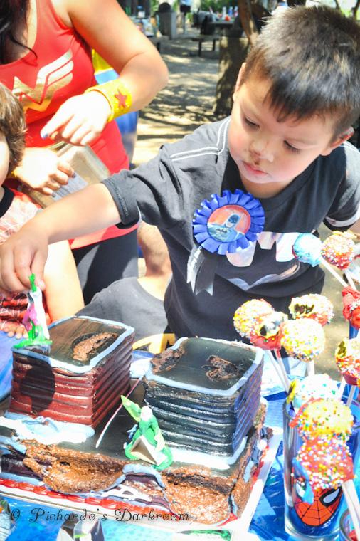 Edgar-children's bday-birthday-party-superhero-theme-4059