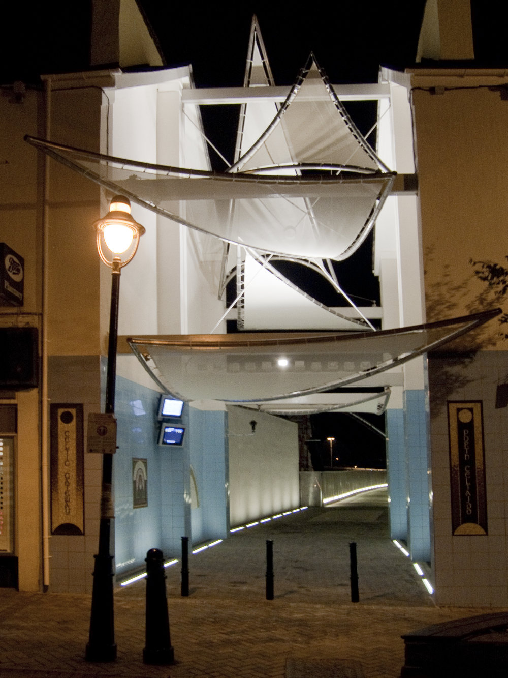 Anglesey High Street.jpg