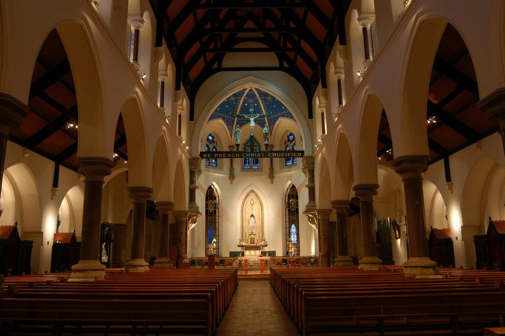 St Mungos nave.jpg