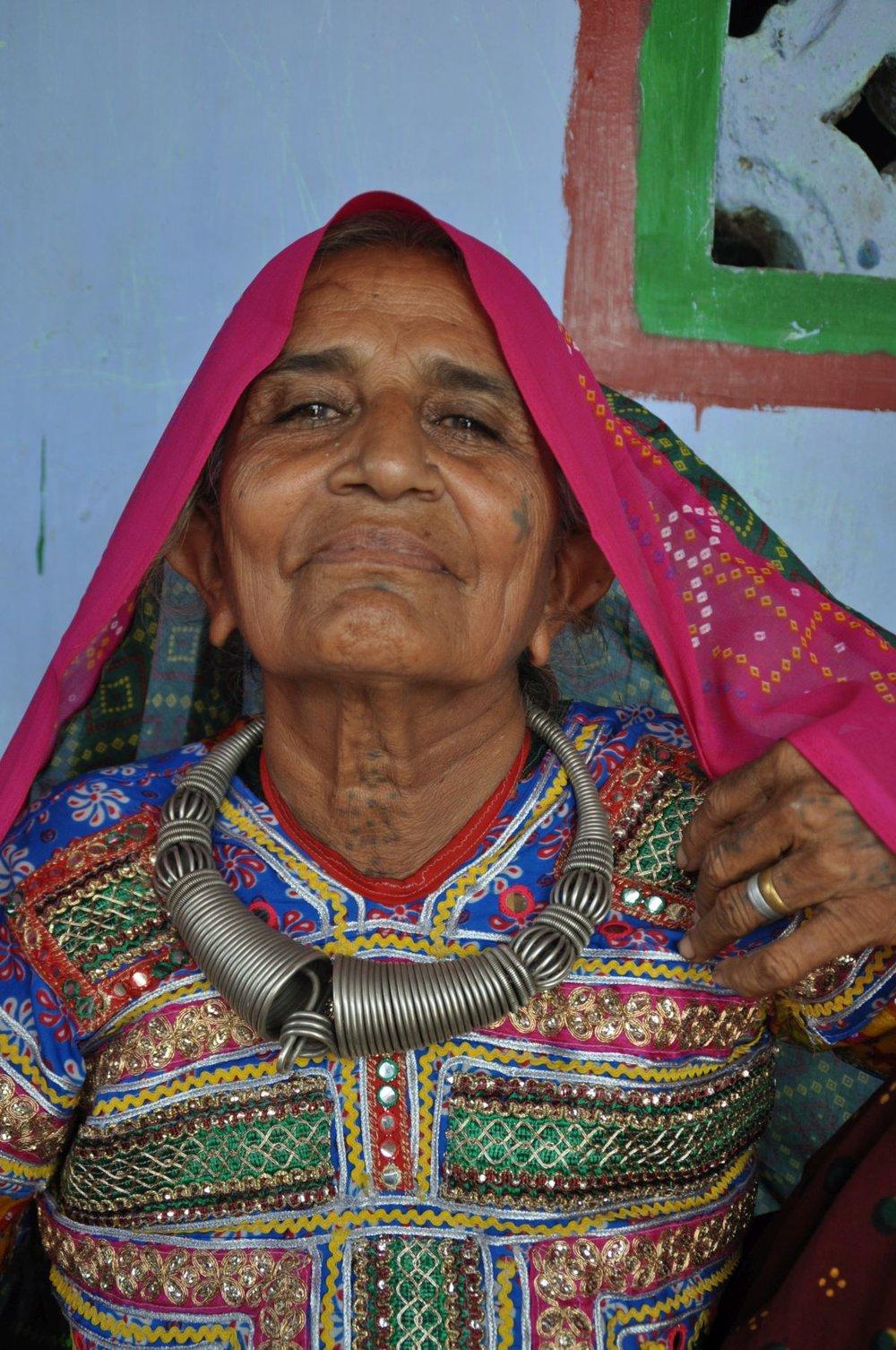 Eine Frau vom Volk der Meghwar. Kachch Gujarat/ Indien...September 2014