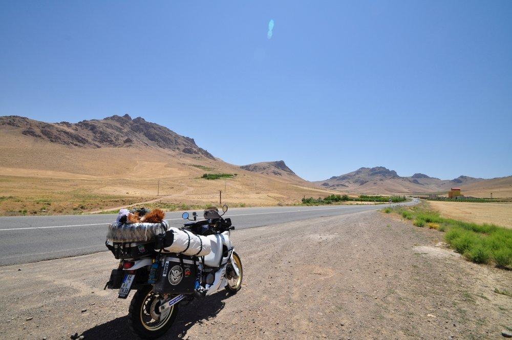IRANIRAN002.jpg