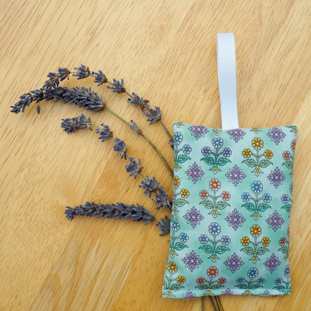 lavender bags 3.jpg