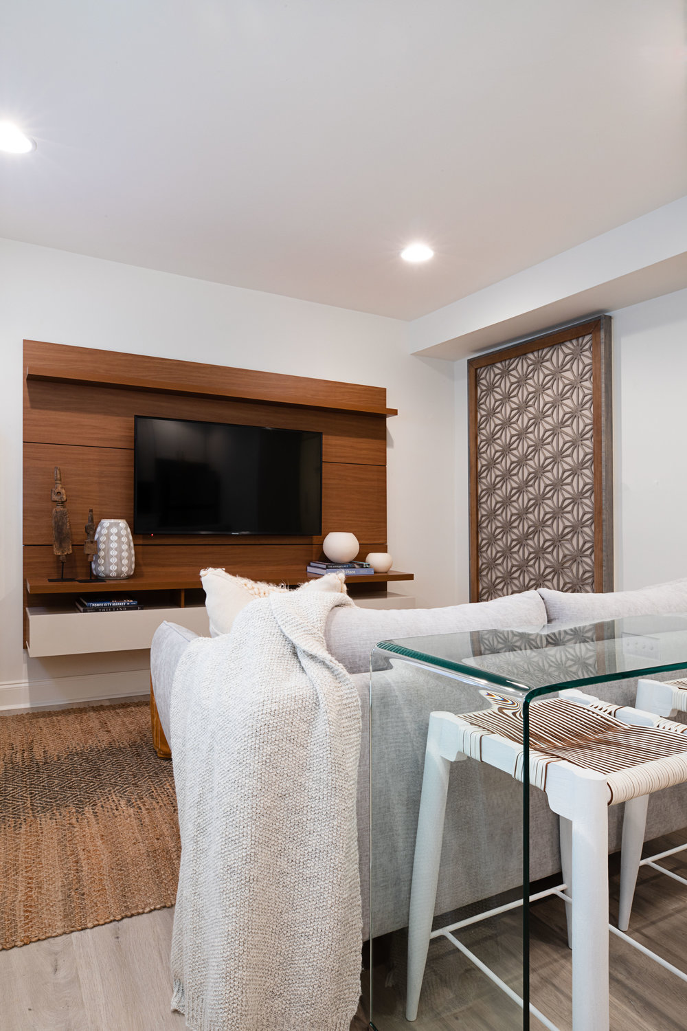 EAST ATLANTA AIRBNB   Organic. Rejuvenating. Tranquil. This newly completed Air BnB offers more than a just a good night's sleep. From the organic features to the modern details this space provides everything you need for a rejuvenating stay.