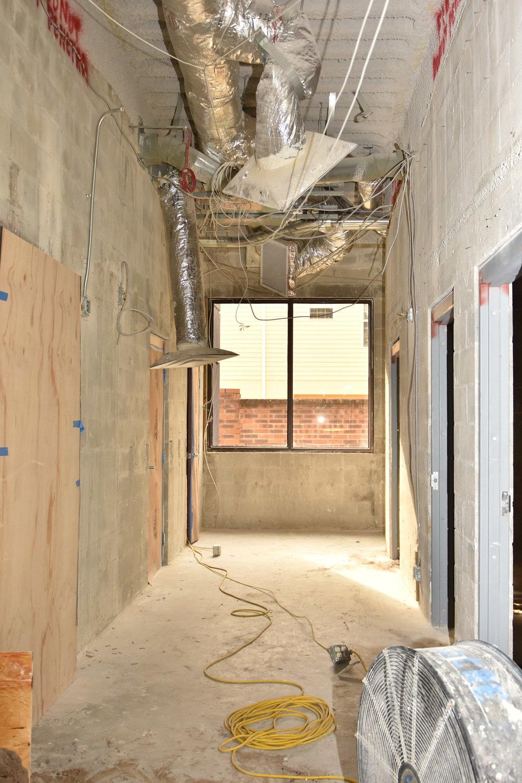 DS Bathroom Hallway.JPG