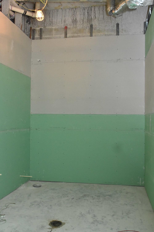 DS Bathroom.JPG