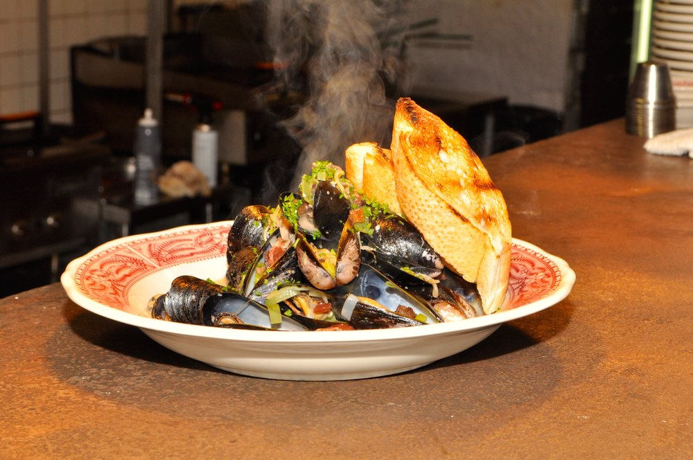 DOFL 18_Southern Bistro_Mussels.JPG