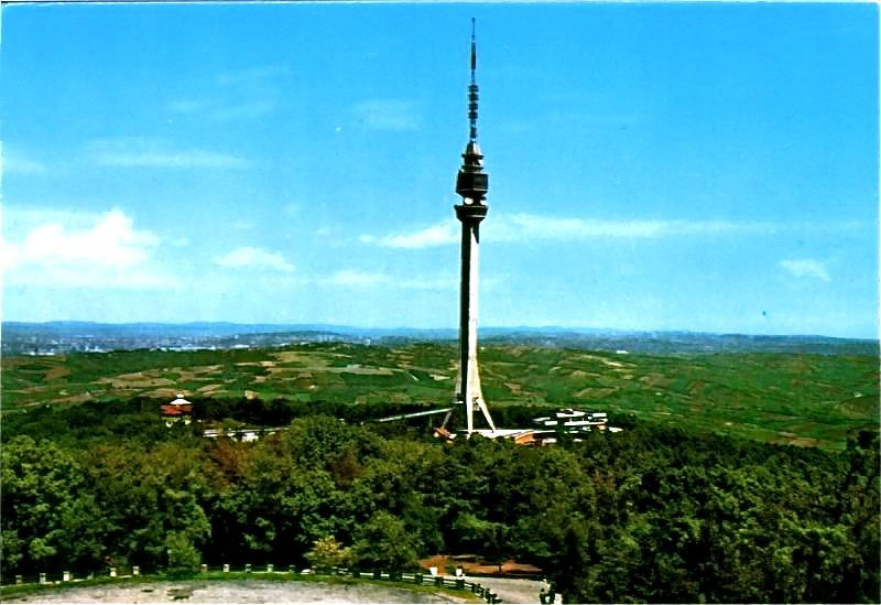 Avala_Tower.jpg